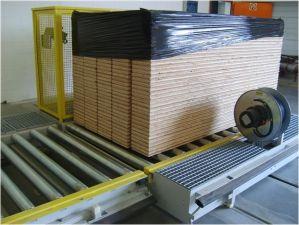 Роликовый конвейер для транспортировки паллет