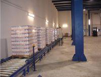 Роликовые конвейеры для транспортировки упакованных пищевых продуктов на паллетах